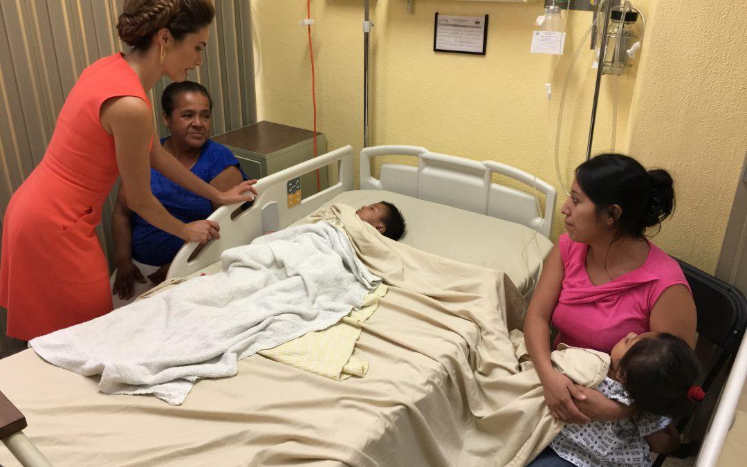 """Visita a pacientes de la campaña de Labio y Paladar Hendido """"Sonriendo con el Corazón»"""