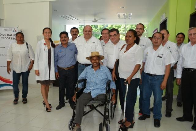 Entrega de aparatos funcionales en Carmen