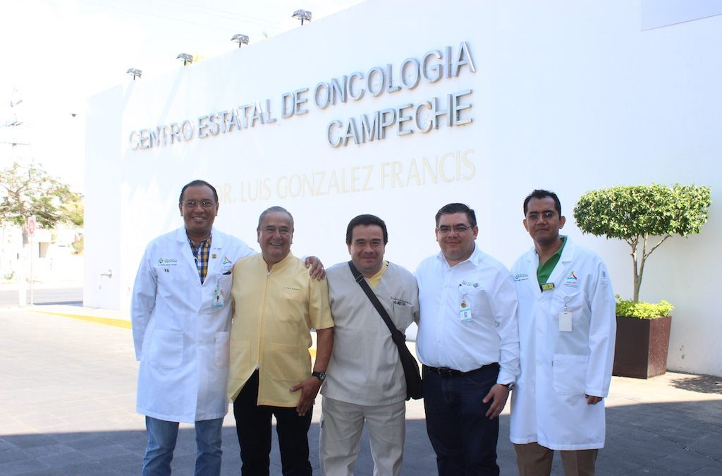 Visita del programa de Prótesis Maxilofacial al Centro Estatal de Oncología