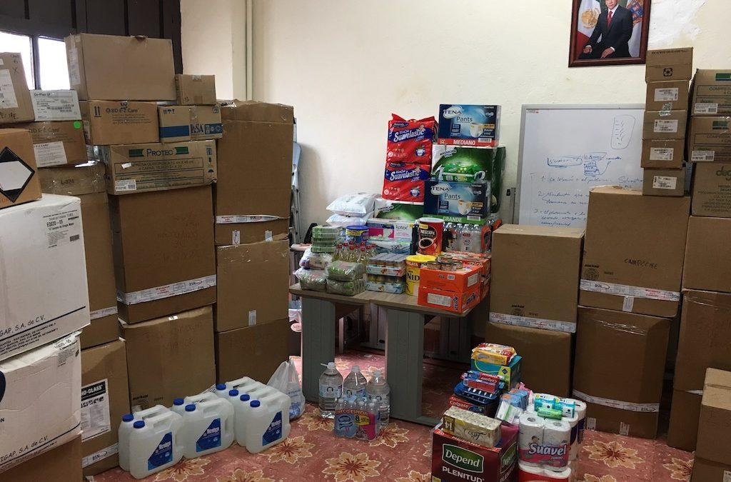 Entrega de donaciones para Estados afectados