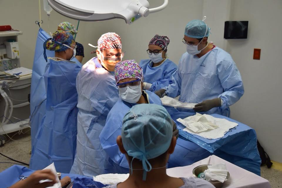 2a Jornada de colocación de prótesis de rodilla y cadera