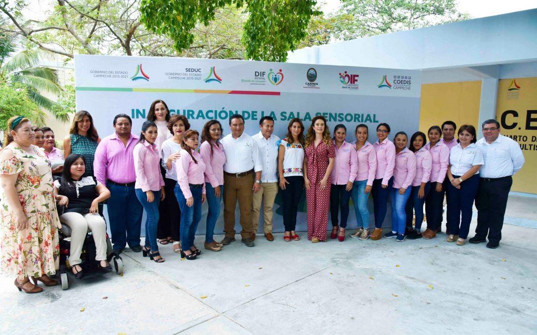 Inauguración de la sala sensorial del CAM 19 del municipio de Carmen