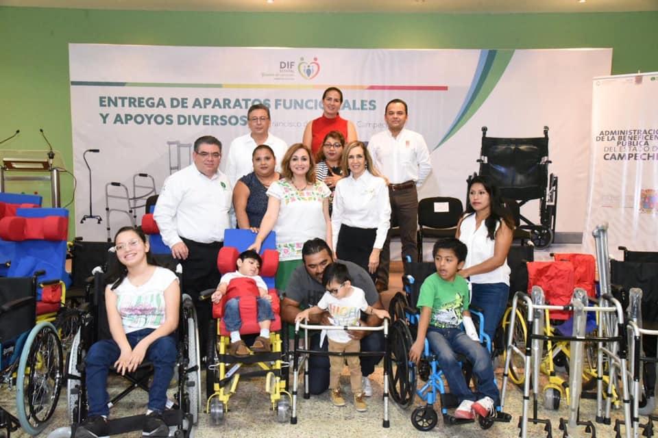 Donación de aparatos funcionales al Sistema DIF Estatal Campeche