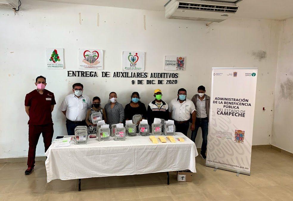 Entrega de la acción Auxiliares Auditivos en el municipio de Calakmul