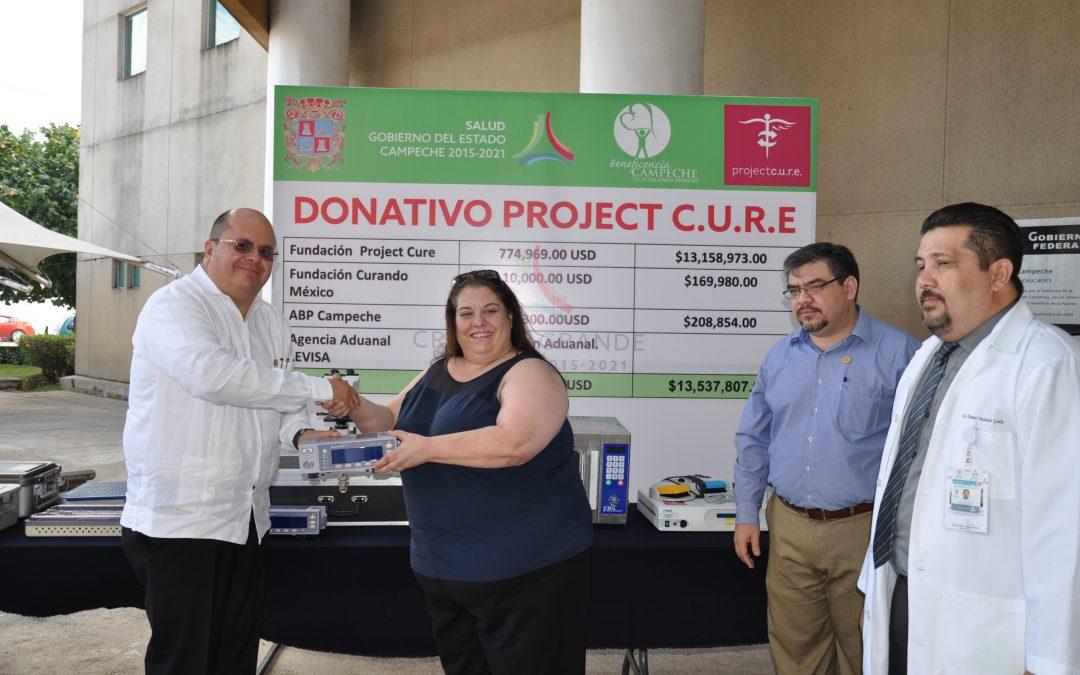 Entrega de donativo de la Fundación Project C.U.R.E. y Curando México