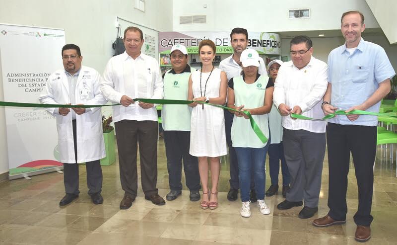 Inauguración de la Cafetería de la Beneficencia