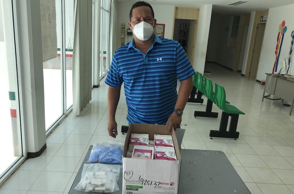 Donativo de insumos al Centro de Salud de Hecelchakán